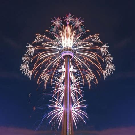 where to buy new year decorations in toronto cn tower fireworks show marks official of pan am
