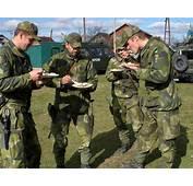 De Svenska Milit&228ra Knivarna