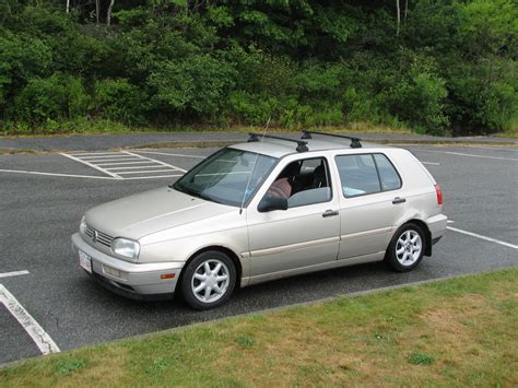 volkswagen hatchback 1995 1995 volkswagen golf other pictures cargurus