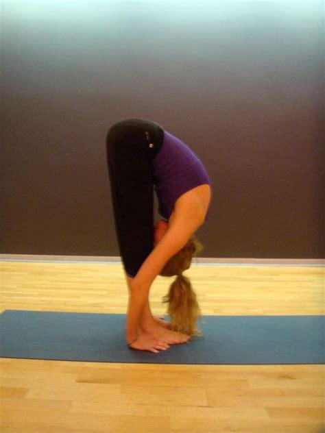 imagenes de gimnasia yoga flexibilidad estiramientos ejercicio y salud corporal