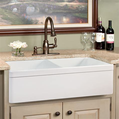 farmhouse kitchen sinks 33 quot baldwin double bowl fireclay farmhouse sink decorative