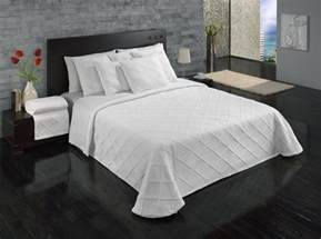 King Size Bedding In Inches Europa Linens Evora Matelasse Bedding Bedspread King