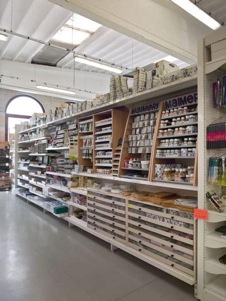 arredamento negozi brescia arredamento colorificio brescia arredo negozio vernici