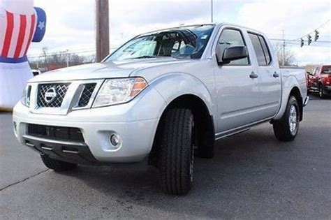 2013 nissan frontier fuel capacity nissan frontier crew cab sv v6 for sale 1 660 used cars