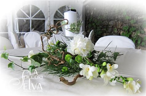 Composizioni Floreali Con Candele Addobbi Floreali E Bouquet Con Peonie