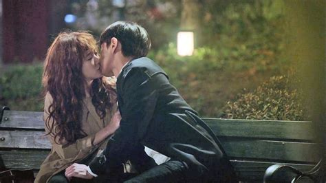 bench couple watch cheese in the trap ep 8 bench kiss youtube