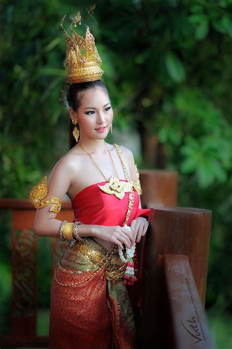 Wayne Dress Bangkok thai and thai dress thai style dress