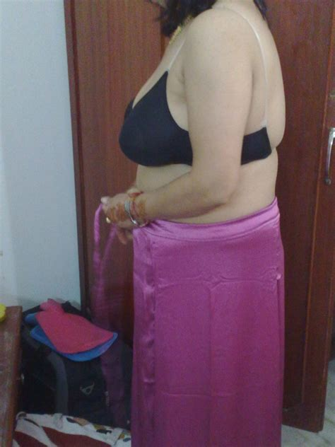 Blouse Moti hindustani moti auntys in saree and blouse photos