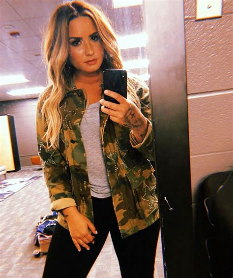 demi lovato new blonde hair demi lovato photos her best pics hollywood life