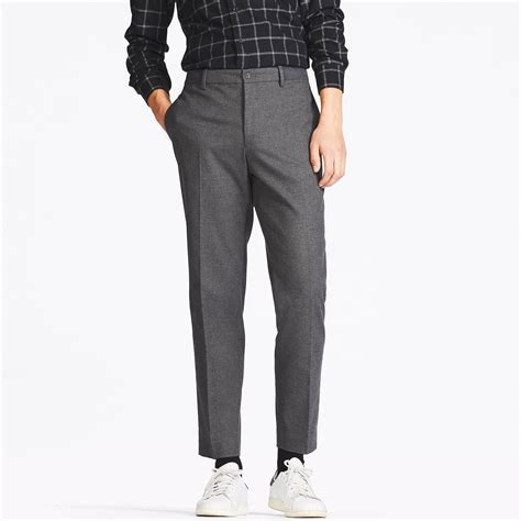 Uniqlo Mens Sweatpants Grey Original uniqlo relaxed ankle length in gray for lyst