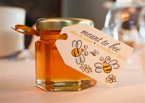small jars of honey wedding favors small honey jars ideal weddings
