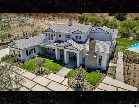 kylie jenner new house 16 celebrity cribs that will only make you feel bad about your life