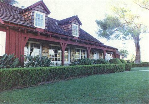 sharon tate house 8 most infamous murder mansions with horrifying backstories crimeviral com