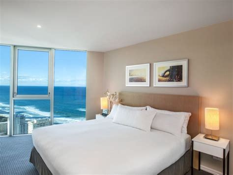 the bedroom surfers paradise hilton surfers paradise schoolies accommodation gold