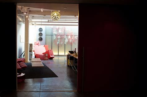 10 New Fab Pictures From And The City 2 by A Look Inside Fab S New York City Headquarters Officelovin
