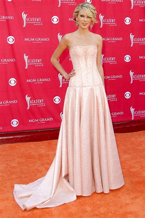 taylor swift princess dress taylor swift in pink dresses pictures lookbook
