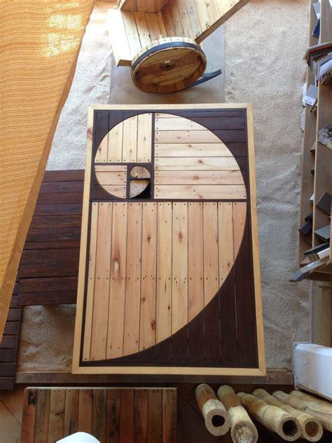 mesa comedor de madera recicladadiseno espiral exclusivo