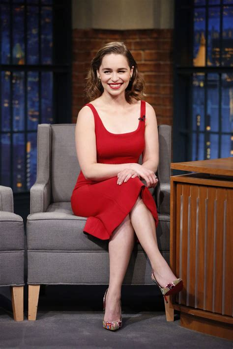 emilia clarke emilia clarke at late with seth meyers in new york 05 24 2016 hawtcelebs