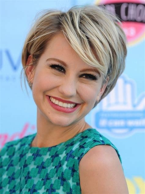 who cuts chelsea kane s hair 2014 chelsea kane s short hairstyles layered pixie hair