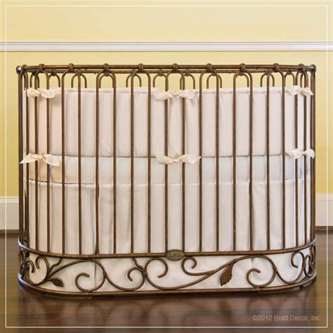 Oval Crib by Classic Oval Crib Bedding