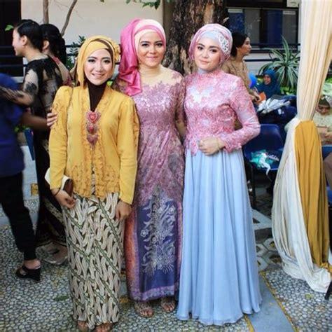 Jilbab Syari Kebaya Aneka Model Untuk Kebaya Wisuda Go Out In The Sun