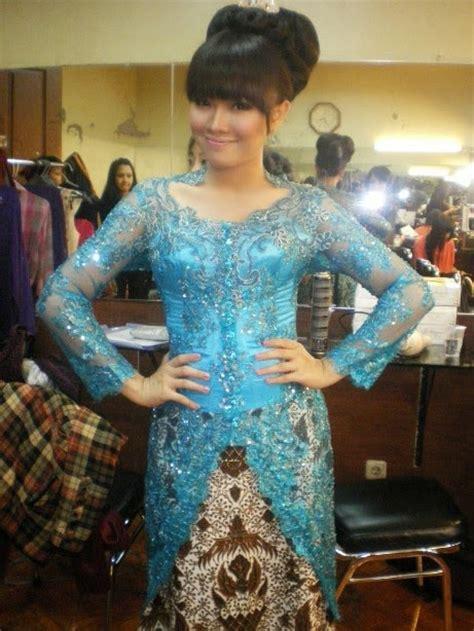 Dress Kharisma Biru kebaya modern blue international kebaya batik modern