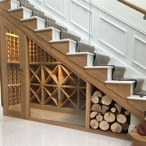 Rangement sous escalier: 70  idées pour mieux organiser l
