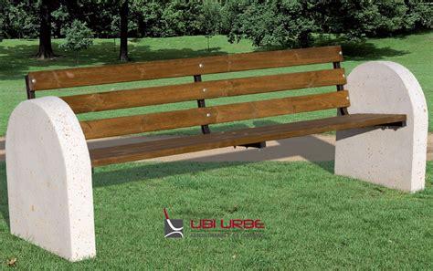 panchina cemento panchina in cemento con schienale in metallo o legno