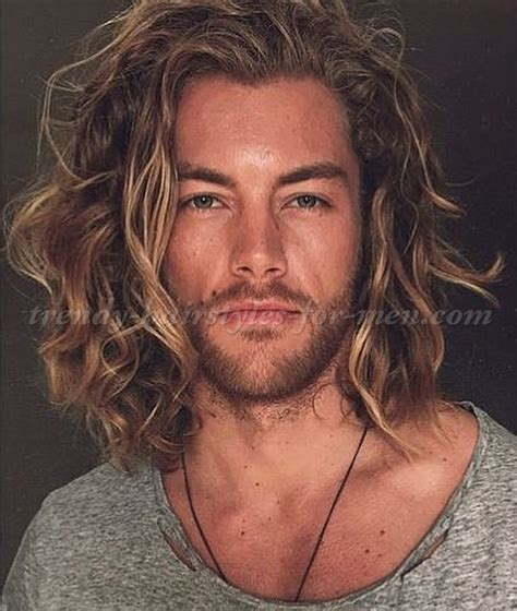 medium and long hairstyles for men shoulder length