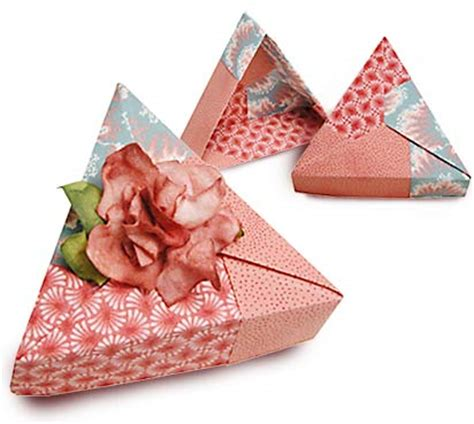 Cloth Origami - fabric origami projects