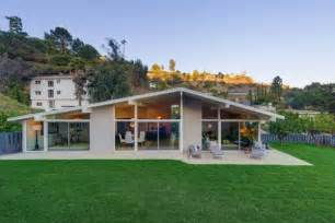 beautiful mid century modern home sunset