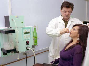 docce nasali docce nasali con acqua termale contro il raffreddore nei bimbi