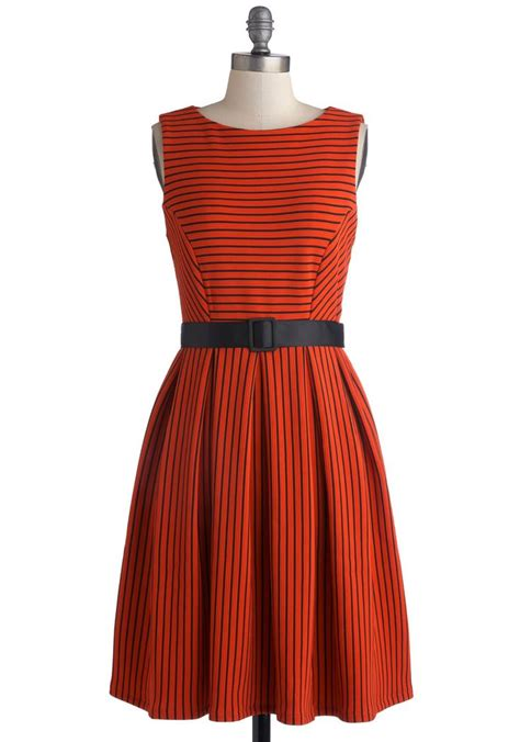 Dress D 225 can t wing em all sweater dress modcloth vintage
