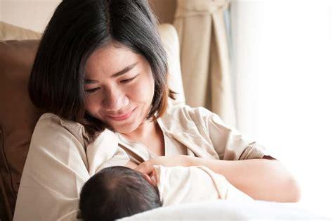 Ibu Menyusui Yang Sedang Sakit Berpotensi Menularkan Penyakit Pada Bayinya Bolehkah Menyusui Saat Sedang Sakit Tipes