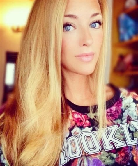 alexis sanchez laia grassi pic 20 super hot wags in world cup 2014 picks tips