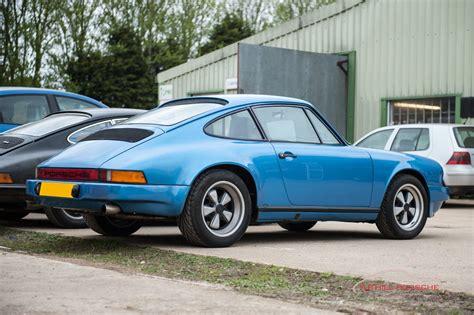 Porsche 911 Sc by Bespoke Lightweight Porsche 911 Sc In Minerva Blue