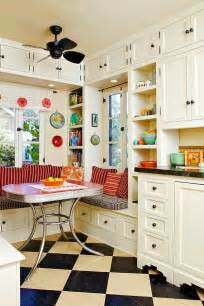 retro style kitchen cabinets best 25 vintage kitchen ideas on pinterest vintage diy