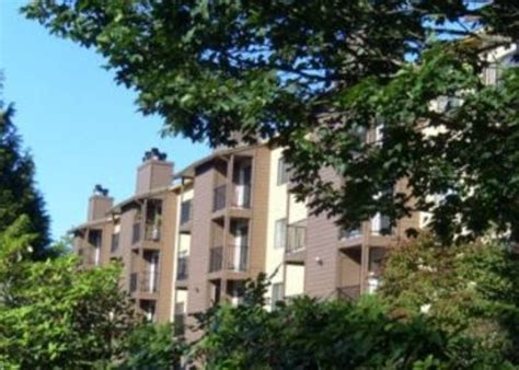Apartments Outside Seattle Apartment For Rent In 17520 Linden Avenue N Shoreline Wa