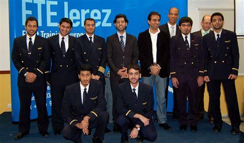 emirates graduate scheme cadets graduate from ftejerez s emirates course pilot