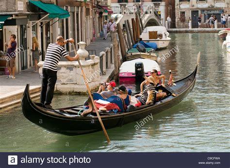 gondola and boat gondola gondolas venetian venice gondoliers gondolier