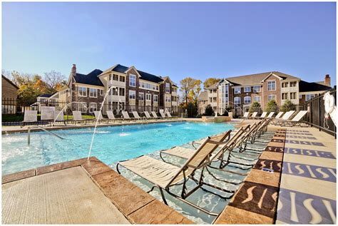 Walnut Square Apartments Floor Plans by The Hamilton Apartments In Fishers J C Hartj C Hart
