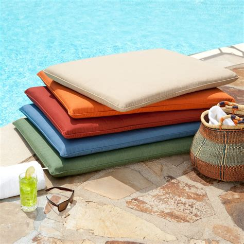 outdoor bench cushion covers 16 best images about deck bench on pinterest custom