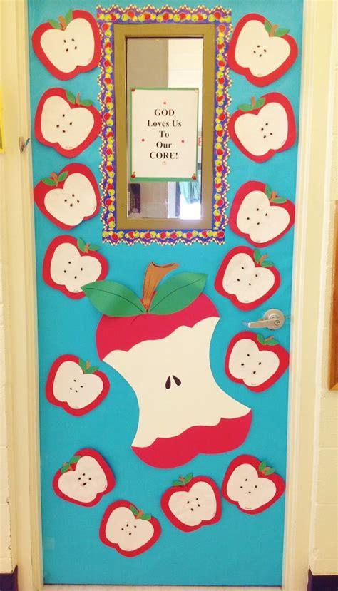 Apple Classroom Decorations by Best 25 Apple Theme Classroom Ideas On