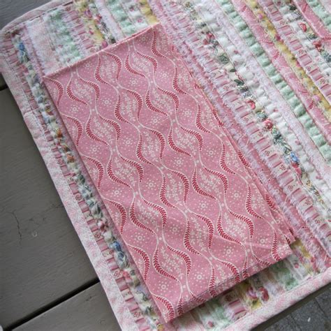 Yellow Quilted Placemats by 17 Best Images About Placemats Napkins Table Runners On