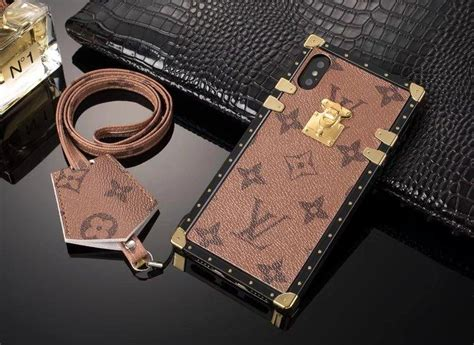 louis vuitton eye trunk phone case  apple iphone   phone swag