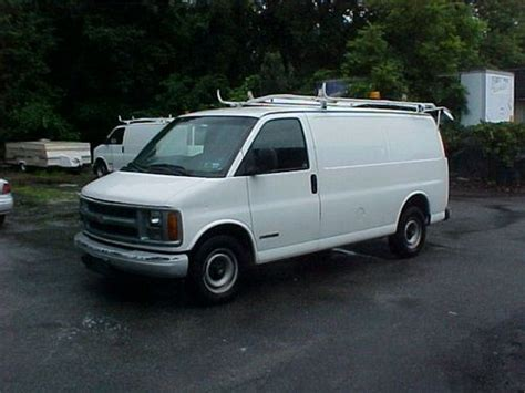 purchase used 2000 chevy 2500 express cargo 90k in