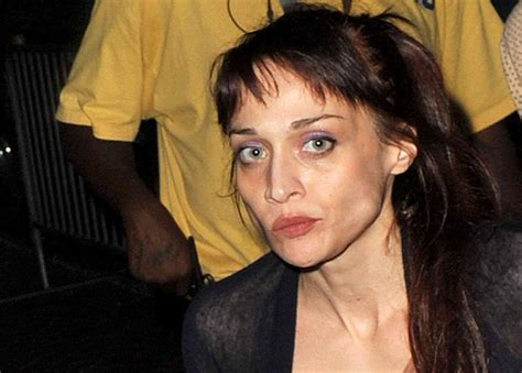 fiona apple looks gaunt post arrest ny daily news