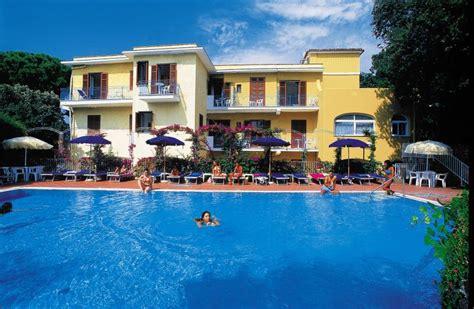 hotel cleopatra ischia porto hotel cleopatra in ischia ischia porto op eiland ischia