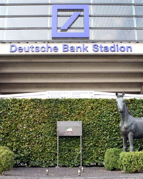 deutsche bank stade horses etc llc deutsche bank renews sponsorship of