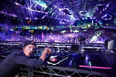 Avici Hq avicii hq wallpapers hd pictures